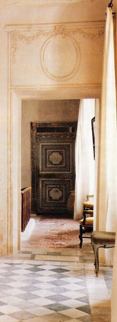 ~linen & lavender: Chateau de Gignac, Image 17