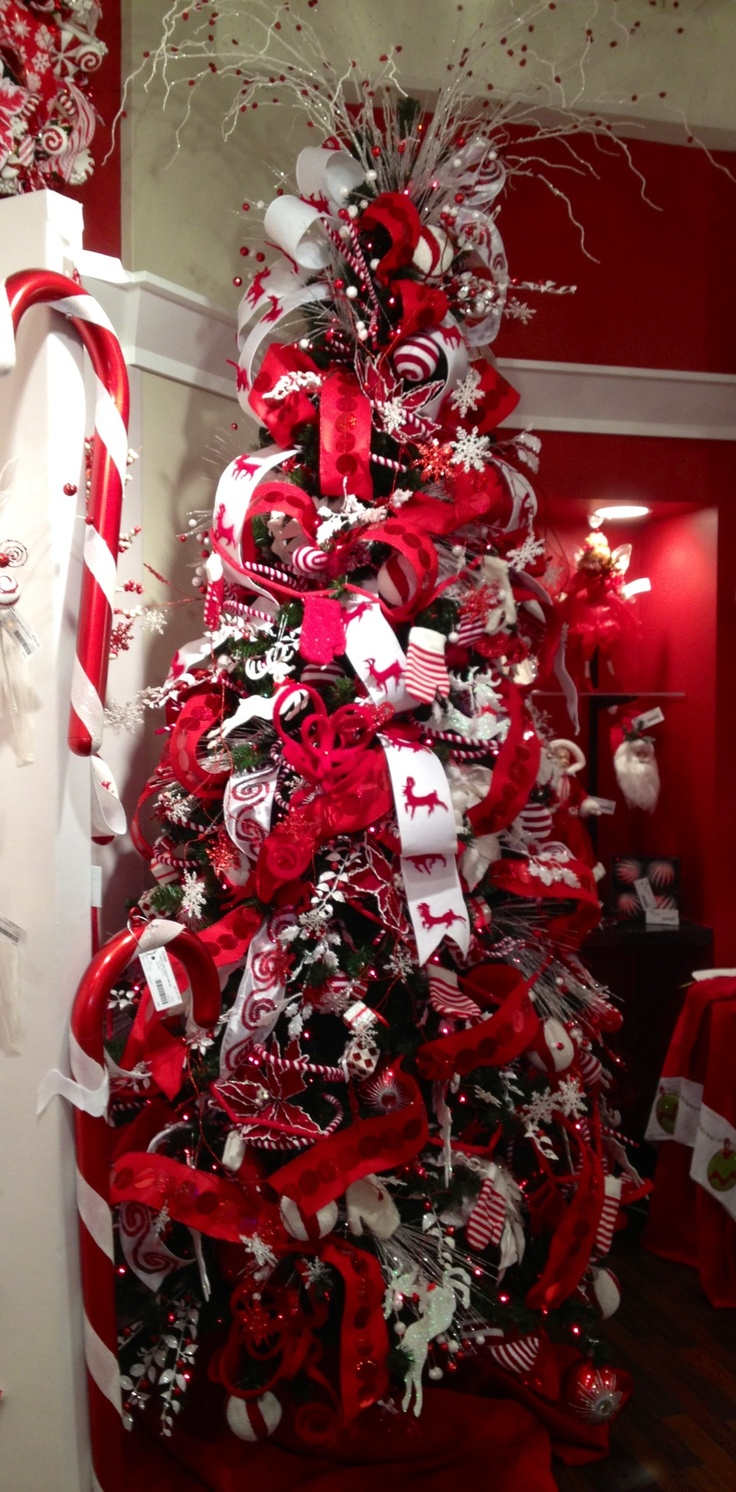 75 best images about black and white christmas on for White tree red ornaments