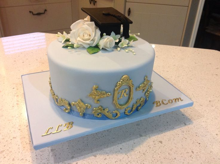 Graduation cake - Double degree