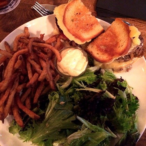Prime Rib Grilled Cheese @ Baker Street Station #guelphfood