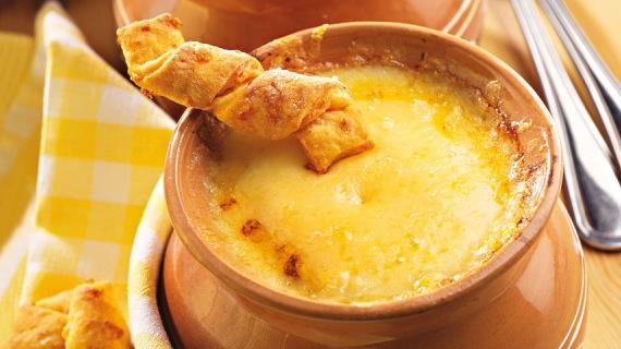 Французский луковый суп с сырными палочками. Пошаговый рецепт с фото на Gastronom.ru