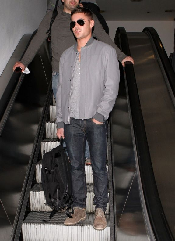 Ok, last Zac Efron pic...I just love his style. Plus hes not bad looking.