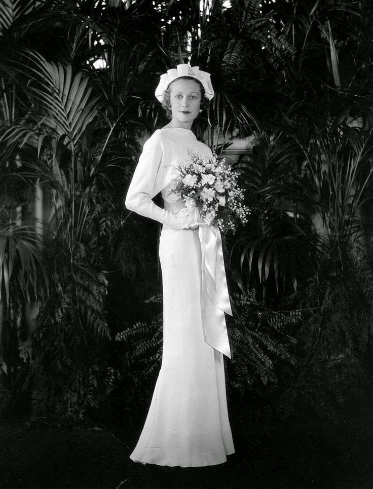 996 best Vintage Bride images on Pinterest | Wedding frocks, Vintage ...
