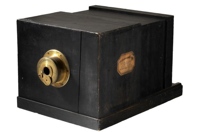 World Most Expensive Camera: #Susse #Freres #Daguerreotype. http://on.fb.me/150ixlL