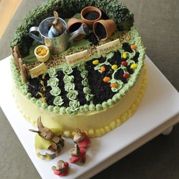 beatrix potter birthday cake (this was my son Adam's theme...I'd love to do this for his first baby)