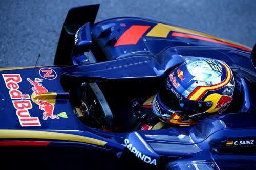 Carlos Sainz / Scuderia Toro Rosso enters parc ferme after the Russian F1 Grand Prix at Sochi