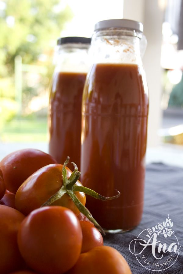 tomato juice/tomato paste for winter by Ana y la passion