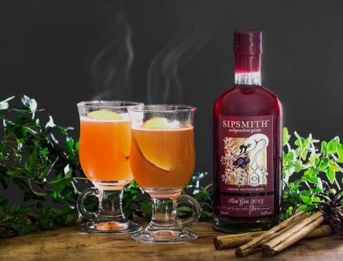Sipsmith Mulled Sloe Gin recipe. Available now on the Anthropologie EU blog!