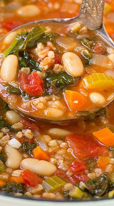 Mediterranean Kale, Cannellini and Farro Stew