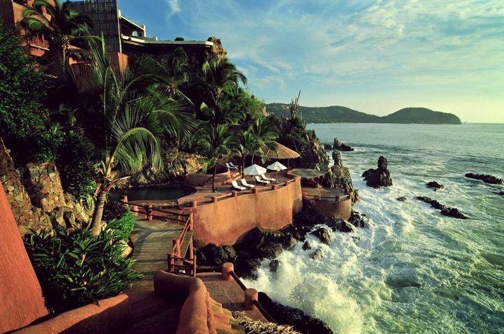 La casa que canta : Mexico Luxury hotels, (hotel in Ixtapa, Zihuatanejo) 5 stars hotel