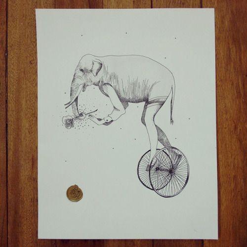 """De la serie """"Original Vs Copia: """" Un elefante que en parte es humano, señora y florista. Ah! Y que le encanta andar a dos ruedas"""" """". #Himallineishon #drawing #elephant #art #illustration #ink"""