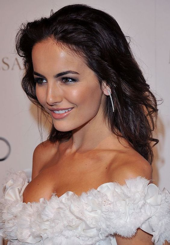 20 Camilla Belle Hairstyle