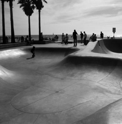 Skating @ Venice Beach.: Venice Beaches, Venicebeach, Favorite Places, Civil Venice, Favourit Places, Daily Inspiration, Black White Grey, Coast Inspiration, Concrete Surfing