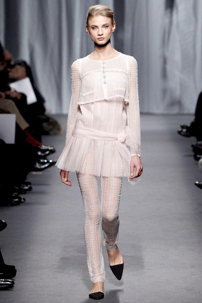 Chanel Spring 2011 Couture Fashion Show - Anna Selezneva (SILENT)