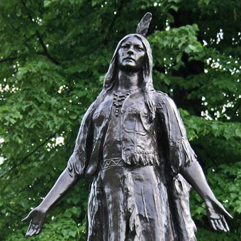 in 1617: Pocahontas attends a Twelfth Night performance of Ben Jonson's masque, 'The Vision of Delight' at Whitehall Palace.  An iconic figure in American history, Pocahontas was the daughter of Chief Powhatan and married the colonist John Rolfe, a move that ended the Anglo-Powhatan War (1609-1614). In 1616 she set sail for England and met King James I at Whitehall Palace. She impressed him greatly - so much so that the King invited Pocahontas to the performance of Jonson's masque at the…