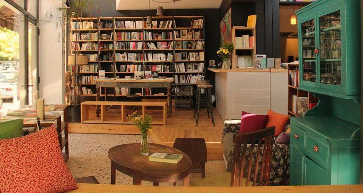 Πίνεις καφέ διαβάζεις και βιβλίο -6 art cafe στην Αθήνα