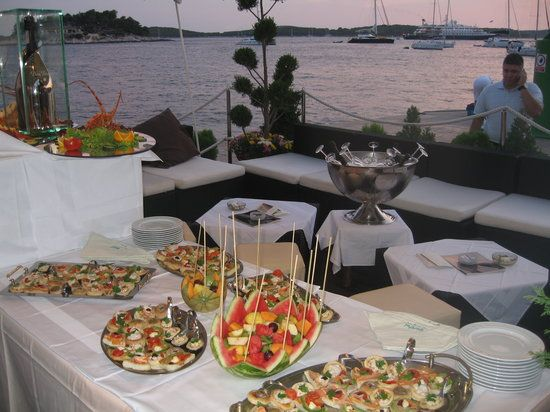 Gariful  Hvar   Highly recommended local seafood restaurantBest 10  Local seafood restaurants ideas on Pinterest   Local  . Seafood Restaurants Hyannis Ma. Home Design Ideas