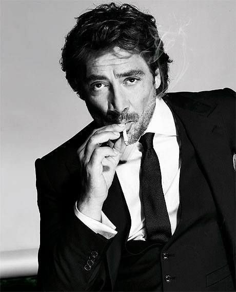 Javier Bardem... he's so sexy and so is his voice... mmmm hmmmm