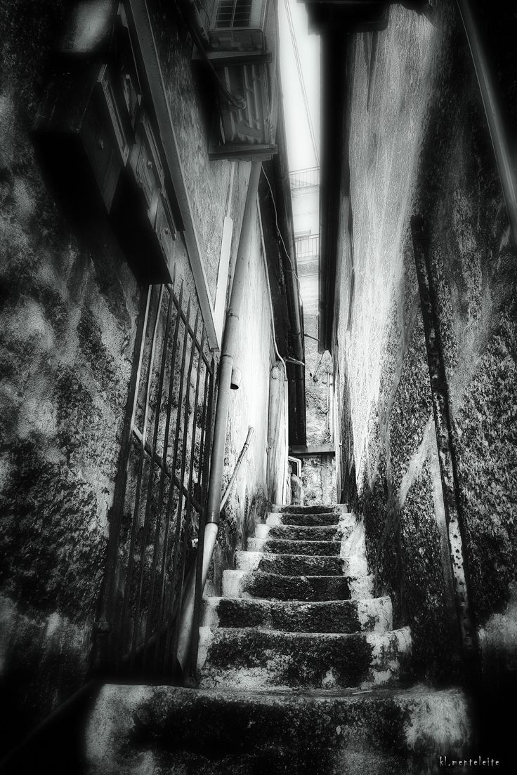 old,old stairs by Clemente Leite Mentte on 500px