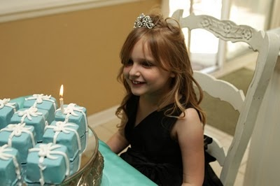 Breakfast At Tiffany's Birthday Party Theme (cute idea for older girls!!)