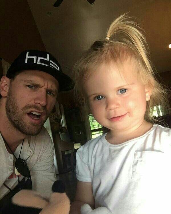 "137 Likes, 6 Comments - chase rice (@chasefxxckinrice) on Instagram: ""nothing cuter than Chase with kids  