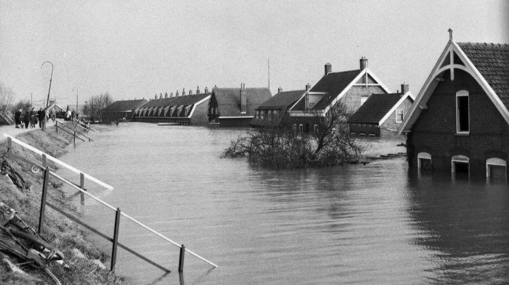 1953. Ringdijk