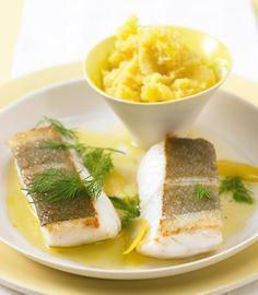 Rezept für Skrei in Zitronen-Olivenöl bei Essen und Trinken. Ein Rezept für 2 Personen. Und weitere Rezepte in den Kategorien Fisch, Gemüse, Kartoffeln, Kräuter, Milch + Milchprodukte, Hauptspeise, Braten, Kochen, Einfach, Raffiniert.