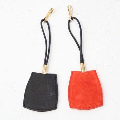 Porte clé by Beklina #BeMyGift #keyholder #color #black #red #gift #wishlist