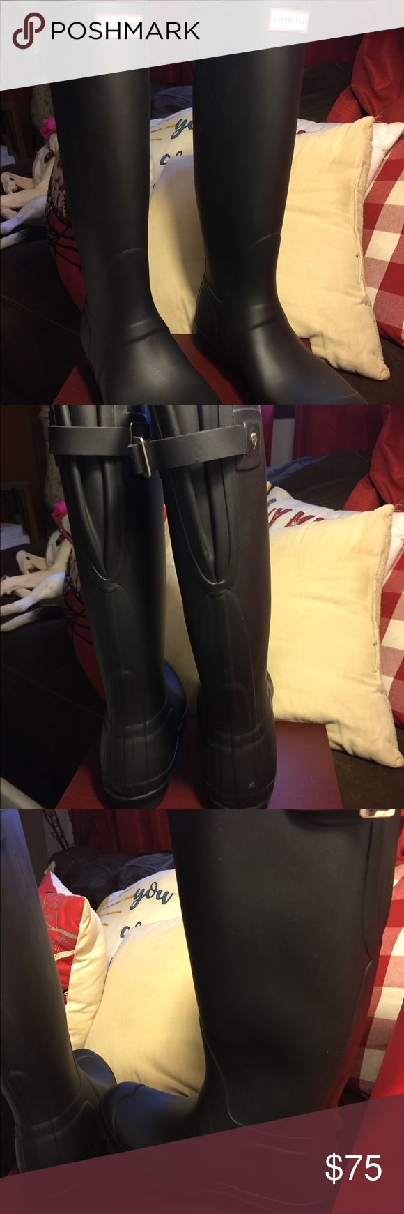 Hunter Orig Adjustable Womens Wide Wellies Black Original Adjustable Womens Wide Fit Wellington Boots Wellies (Black  - WFT1001BLK,UK 8 / EU 42]  size 8, worn once! EUC Hunter Shoes Winter & Rain Boots
