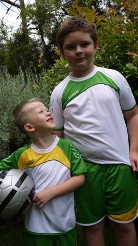 www.lbtkids.com.au Hummel Sports Clothing :: Hummel Grassroots Jersey White / Light Green - Little Big Tween | Fashion and Accessories for 6-14 year olds | Sydney, NSW, Australia: Big Tween, Sports Clothing, Jersey White, Grassroot Jersey, Sport Clothing, Hummel Sports, Tween Fashion, Hummel Grassroot, Lights Green