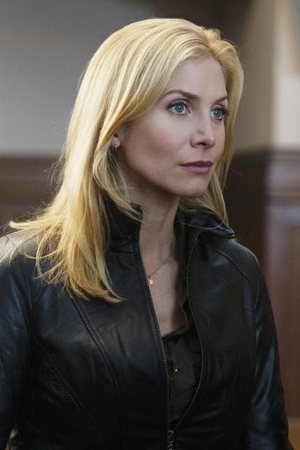 Pictures & Photos of Elizabeth Mitchell - IMDb