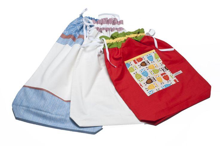 Ihania pyykkipusseja, jokainen on uniikki. Kierrätyskankaista, totta kai! Tiedustelut: info @ tilantunne.fi