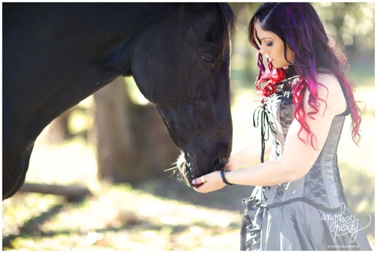 Laura and her pet horse pirate. Sydney portrait photography.