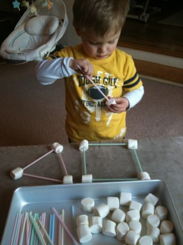 For the Love of Learning: Marshmallows + Straws = DIY Tinker Toys for $2