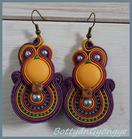 Jamaica soutache earrings by BottyanGyongye on Etsy,