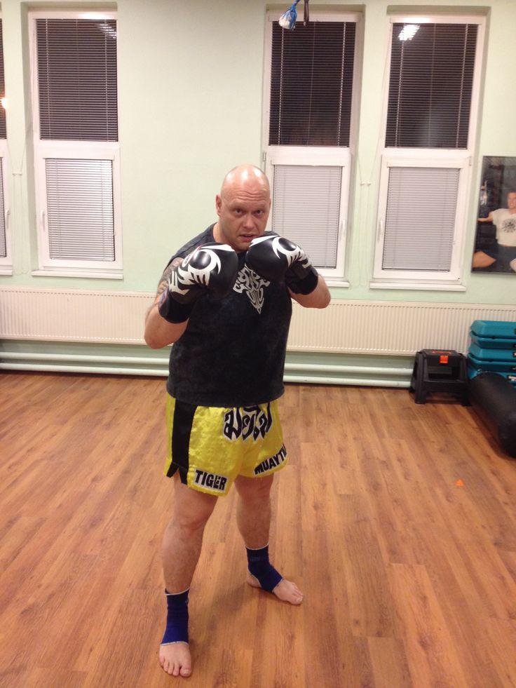 Soukromý trénink a osobní přístup v muay thai boxing #http://pinterest.com/savate1/boards/ Regular training sessions in Beroun in Fitness Tyrant to negotiate the times.