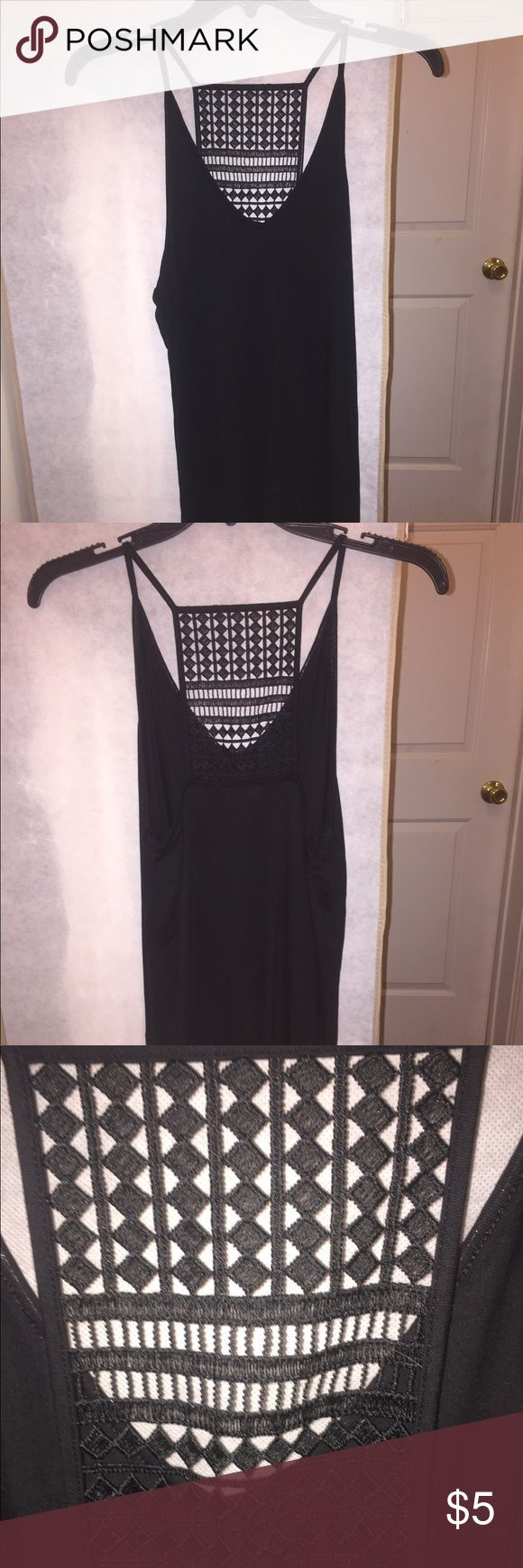 Spaghetti strap tank top Black spaghetti strap tank top with an open detailed back. Old Navy Tops Tank Tops