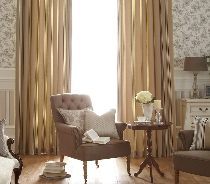 These iLiv Loire curtains are a classic cotton stripe fabric inspired by the Loire region of France. Sleek and modern in style it is perfect for creating a stylish contemporary look!