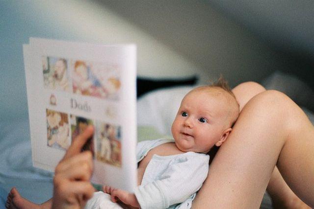 Nunca es demasiado pronto para empezar a leer a nuestros hijos ~