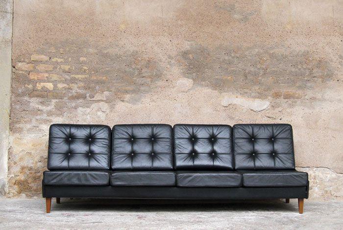 25 best ideas about canape cuir noir on pinterest. Black Bedroom Furniture Sets. Home Design Ideas