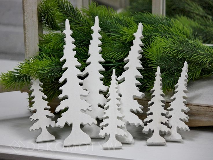 choinki wysokie drewno białe 14 szt.
