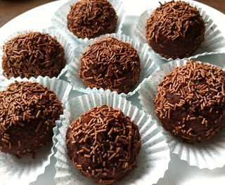 The Happy Larder: Rum truffle cake balls - a delicious treat made from leftovers