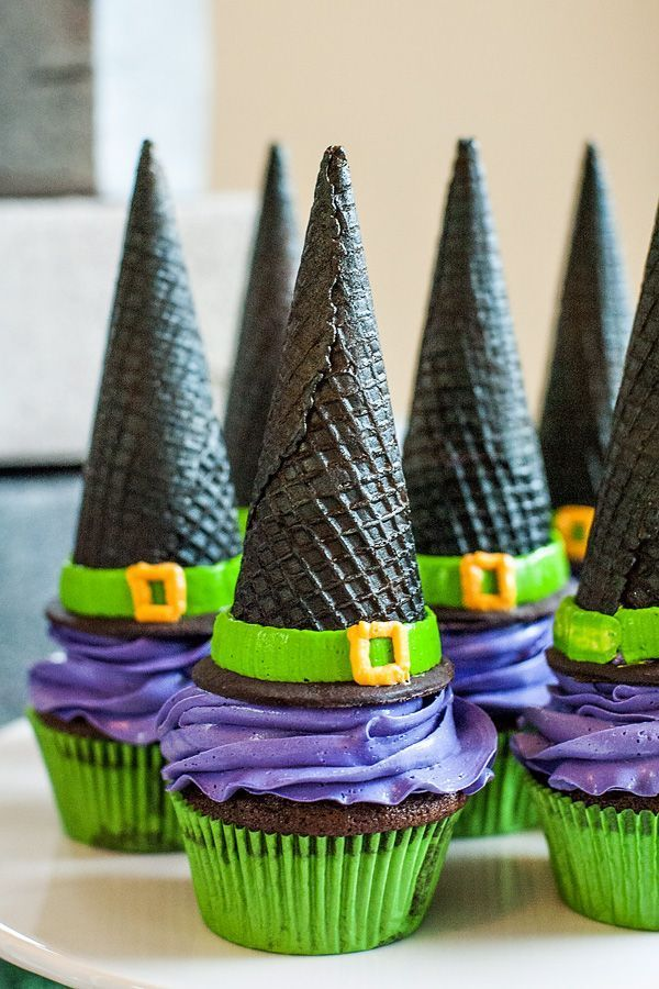 Witch Hat Cupcakes – Use a black ice cream cone (or make your own with food coloring) and frosting to make these cute treats for Halloween.