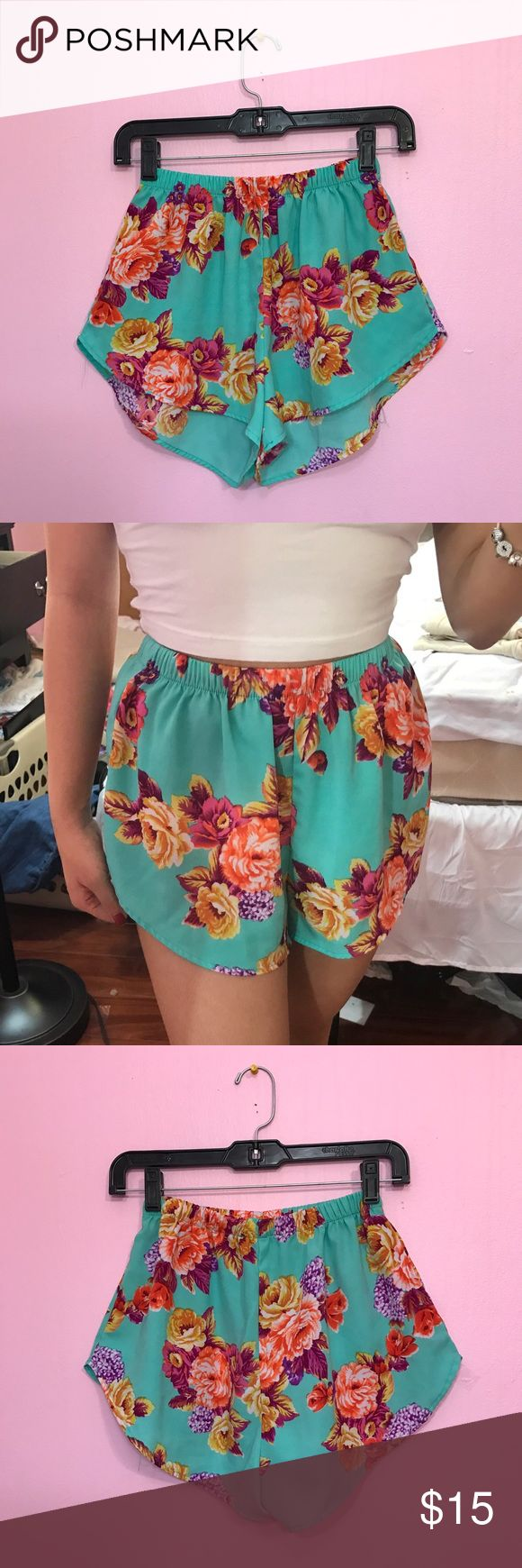 Floral Mint Shorts Worn a few times! •Size: S •Color: Mint •Chiffon material •Super cute! (No listed brand, only used for exposure) Fashion Nova Shorts