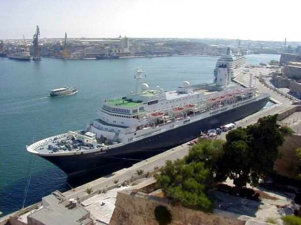 """Picture of the """"Noordam"""" in the harbor at Malta where cruise ships dock."""