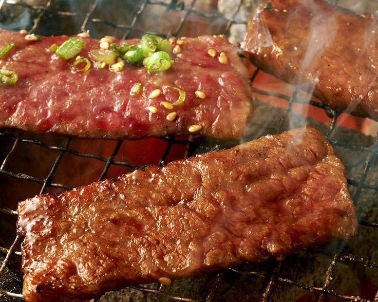 Yakiniku * Japanese BBQ  炭火焼肉 ぼんど