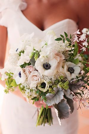 !: White Flower, Sprays Rose, Bridal Bouquets, Blushes Pink, Wedding Bouquets, Anemones Bouquets, Bouquets Ideas, Southern Wedding, Sweet Peas