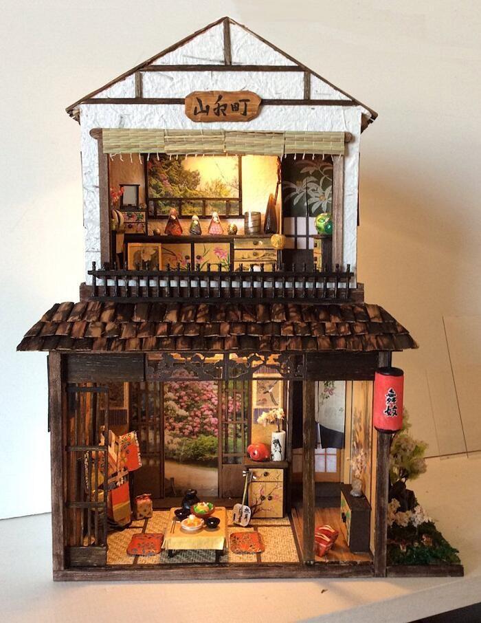Immagini Case Arredate Moderne.Artista Crea Miniature Di Case Giapponesi Arredate Con