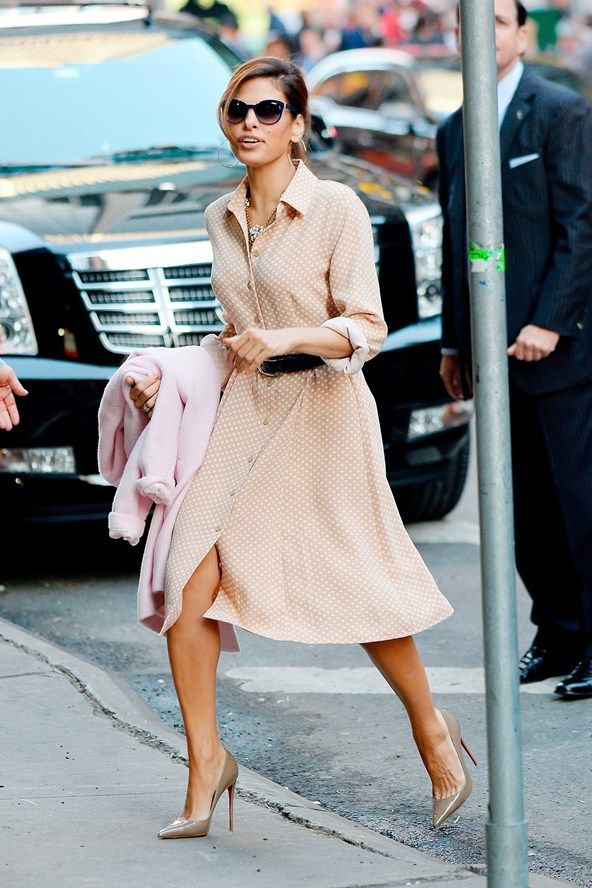 Timeless, classic and oh so feminine. (Eva Mendes)