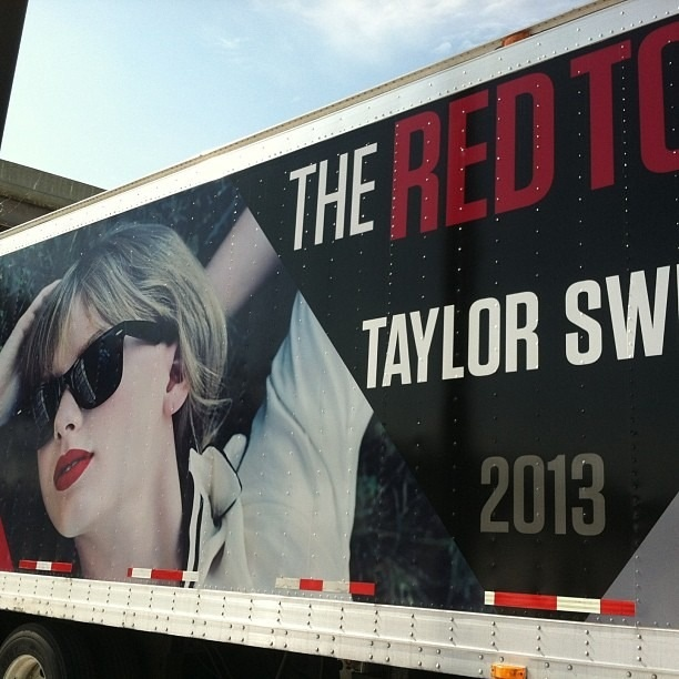 17 Best images about Taylor Swift's tour buses on ...